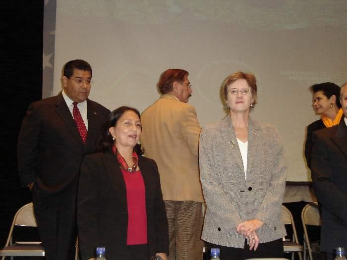 AMALIA GARCIA Y LINDA WILLIAMS