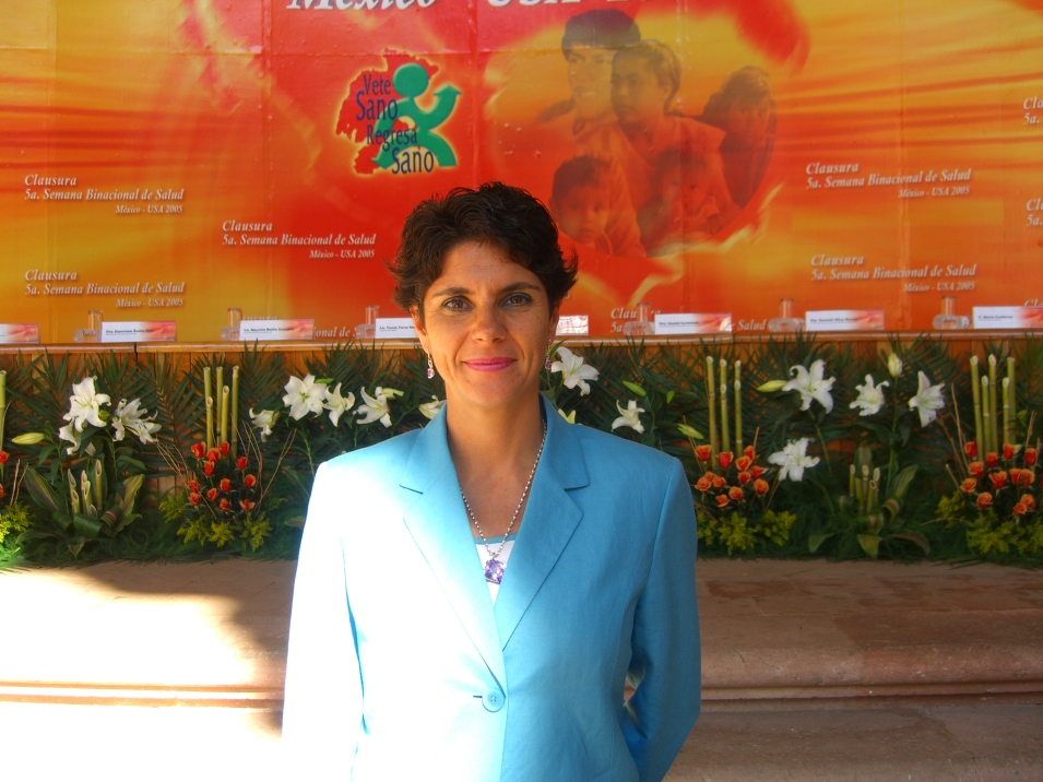 Laura Perez de C Clausura SBS 2005 003