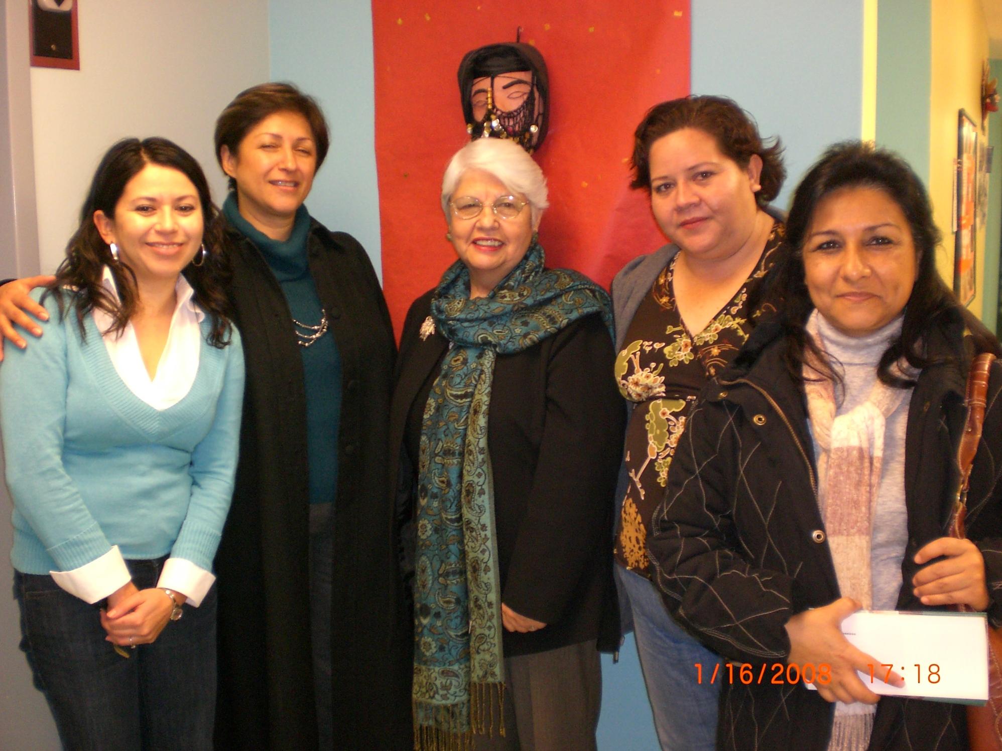 4.Visita MNHC Gaby Bernal, Gisela Lara, Gladis Dandlin, Laura Tafolla y Tere Flores.