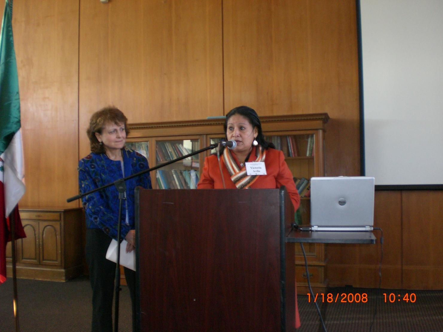 Calire y Vicky Avila